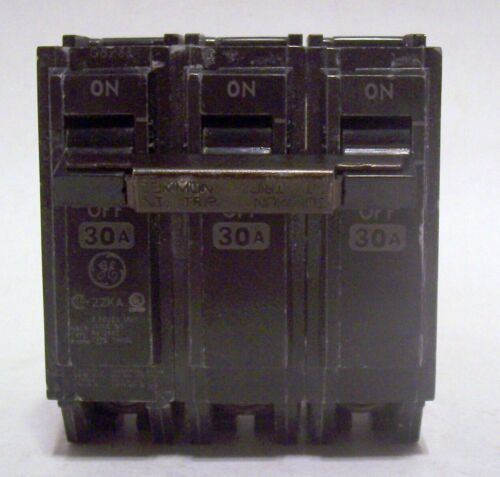 GE THQL3130 CIRCUIT BREAKER 3 POLE SWITCH 30 AMPS THQL 330 GENERAL ELECTRIC