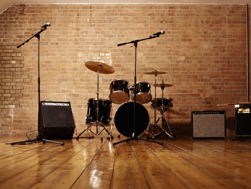 An die Zusatzkomponenten denken – auch Mikrofone sind wichtig. (Foto: Thinkstock)