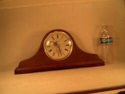 SEIKO QUARTZ OAK MANTEL CLOCK WESTMINSTER CHIME