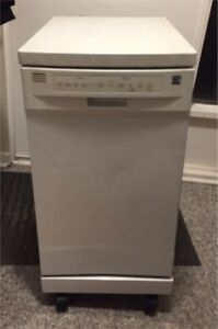 Small-form portable dishwasher