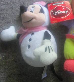 Snowman Minnie Mouse ***NEW WITH TAGS***