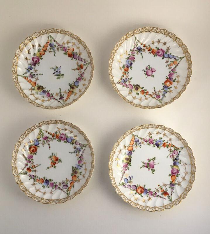 Set of 4 Antique Dresden Porcelain Berry / Dessert Bowls By Grossbaum & Söhne