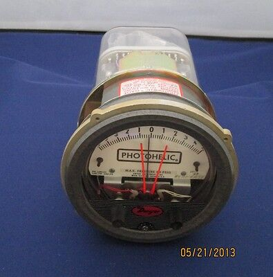 Dwyer Photohelic 3310 Hp Pressure Switch Gage New