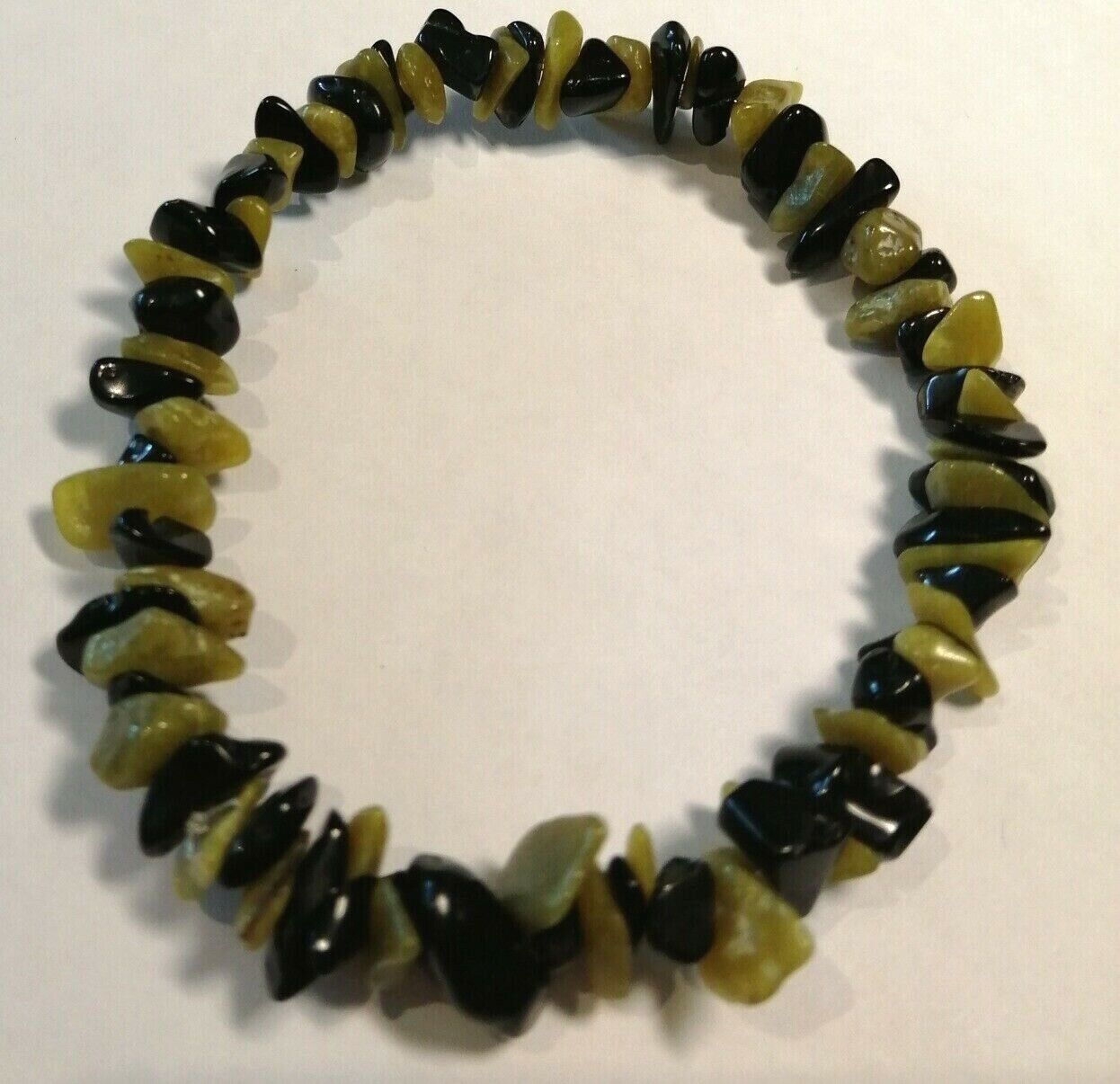 PERIDOT AND BLACK OBSIDIAN CRYSTAL HEALING CHIP BEAD BRACELET