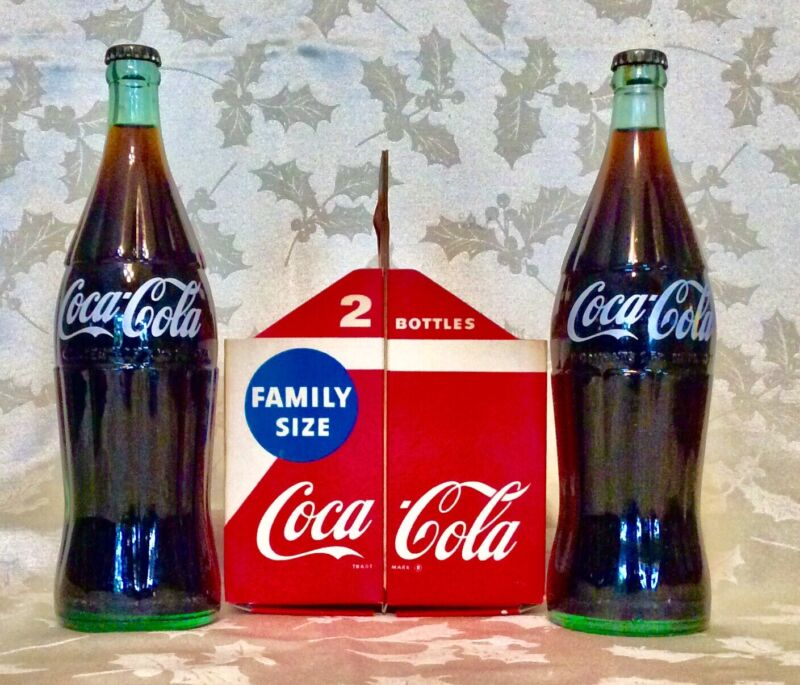 VINTAGE COCA COLA 26oz TWIN PACK CARRIER