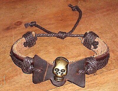 PIRATEN-ARMBAND für Kostüm LEDER TOTENKOPF Metall Größe verstellbar - NEU