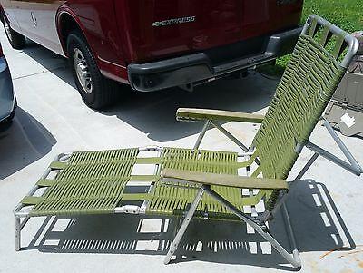 Mid century modern folding aluminum outdoor strap lounge chair green Aluminum Modern Lounge Chairs
