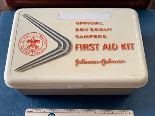 VTG BOY SCOUTS OF AMERICA Bauer & Black Official FIRST AID KIT BSA Camp Camping