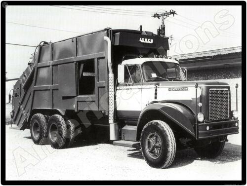 Hendrickson Trucks New Metal Sign: H Series Garbage Truck w/ Leach Unit