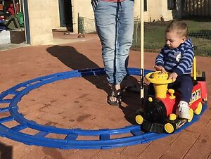 Ride on Toy train with track Port Kennedy Rockingham Area Preview