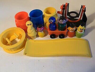 Vintage Fisher Price Little People Sesame Street Grover Roosevelt Slide Wagon ++
