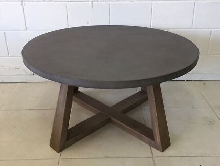 Round Concrete Coffee Table With Wooden Legs (slight Damage)