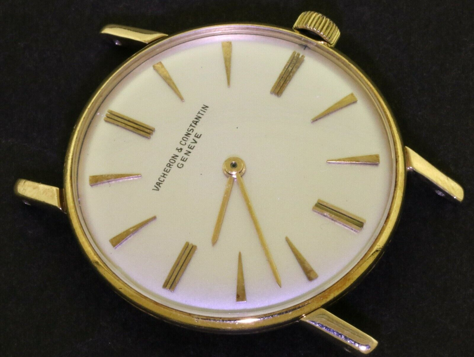 Vacheron & Constantin 18K gold manual winding men's watch w/ silver dial