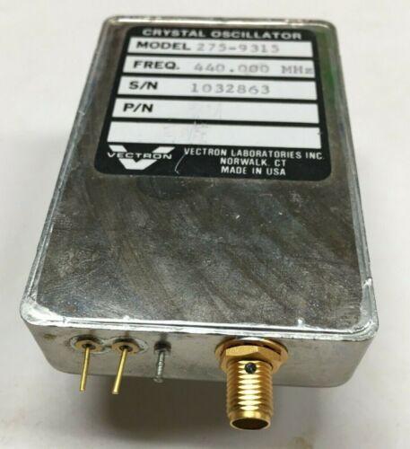 VECTRON CRYSTAL OSCILLATOR 440.000 MHz model 275-9315 sma out