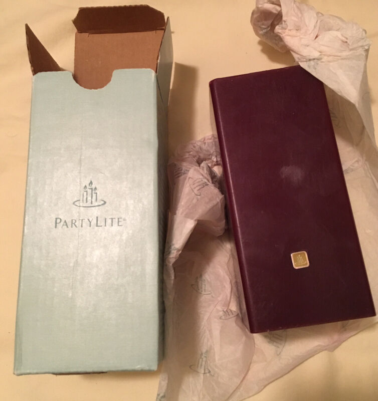 """PartyLite MULBERRY 3"""" x 6"""" Scented Square Flat Top Pillar Candles K0629"""