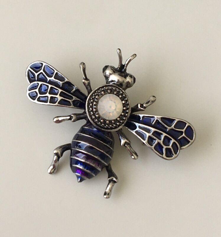 Vintage Style Bee  Brooch pin