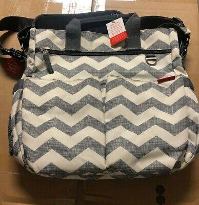 New w/ Tags Skip Hop Duo Signature Diaper Bag Chevron Design 10 pocket