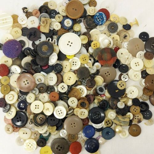 300+ MIXED LOT of OLD VINTAGE Buttons ALL TYPES & SIZES Great Estate Lot J2