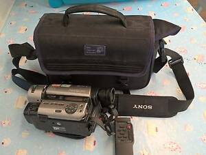 Sony Hi-8 Video Camera + carry bag Willetton Canning Area Preview