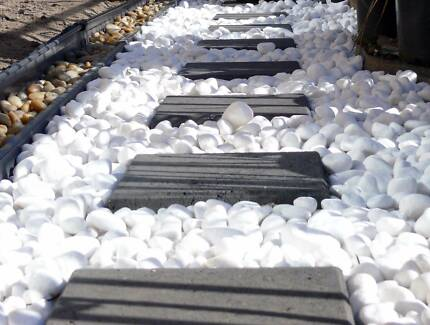 30-50mm SNOW WHITE Garden Pebbles/Stones-A GRADE-20 KG-WHOLESALE