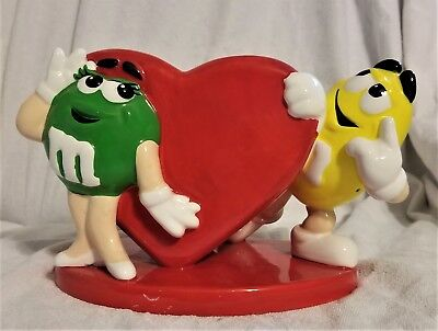 M&Ms Ceramic Green & Yellow with red heart FTD flower vase Valentine's Day