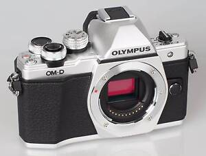 OLYMPUS E-M10 MARK 2 WITH PRO ED 12-40mm f2.8 lens Butler Wanneroo Area Preview