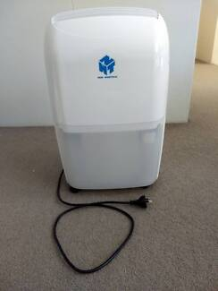Dehumidifier Ausclimate Medium 20L
