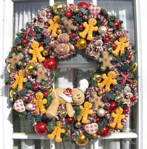 "Christmas Holiday Lighted 22"" Gingerbread Man Festive Wreath"