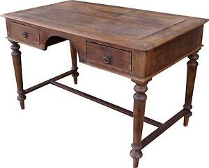 Old fashioned writing desk 1