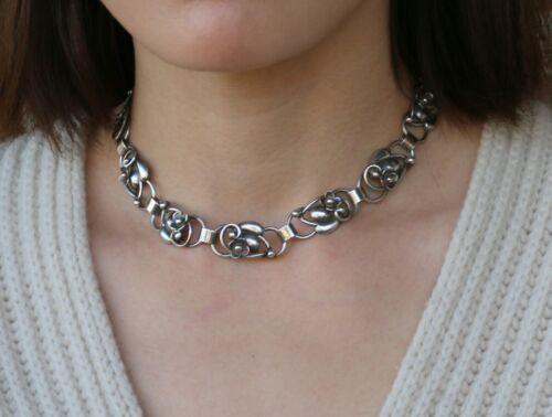 Denmark Fir. Munksgaard Sterling Silver Choker Necklace ~ Flower & Leaf Motif