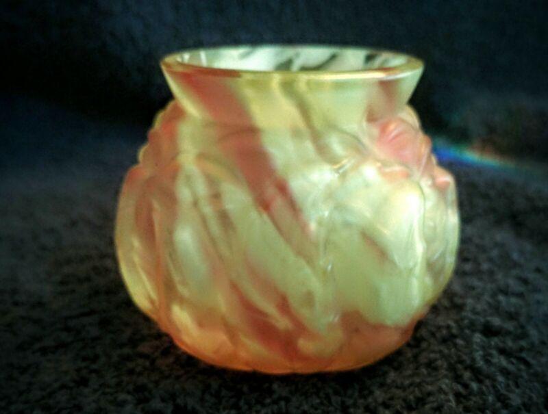 Victorian cranberry Vaseline Northwood glass Leaf Mold toothpick holder spatter