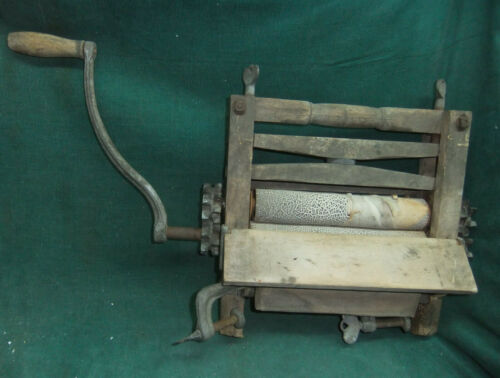 Antique Hand crank Clothes wringer washer