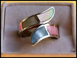925 Silver Mother of Pearl Ring. Size 7