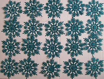 20 TEAL SNOW FLAKES - CHRISTMAS ORNAMENT - FREE SHIPPING (Plastic Snow Flakes)