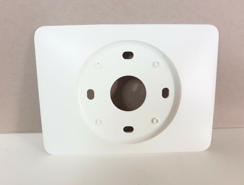 NEST Wall Cover Plate 3rd Gen & E Theromostat in WHITE