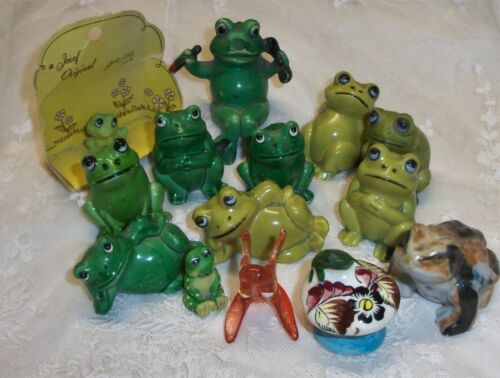 14  Vintage  Miniature Frog Figurines HONG KONG