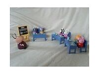 Peppa Pig School Set. Includes :- 3 x Desks & Benches 7 x Characters 1 x School Easel.