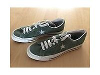 Converse vintage uk size 9.5 green trainers