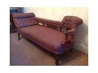 Victorian Walnut Chaise Longue.