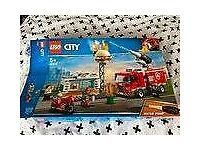 Lego City (60214), with box, working water pump, all bits present and checked off, full instructions