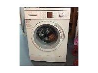 Bosch Logixx 8 washing machine. 8 Kg drum , quiet operation, very good condition.