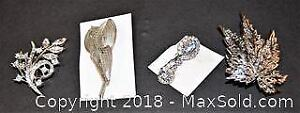 Costume jewellery, BROOCHES / PINS. Some vintage. Lot of 4. All silver toned.