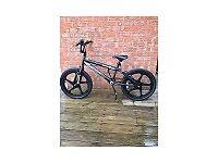 BMX Zinc Children's bike. Nearly new, excellent condition.