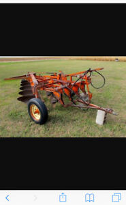 Looking for JI Case 4x16 furrow trail plow