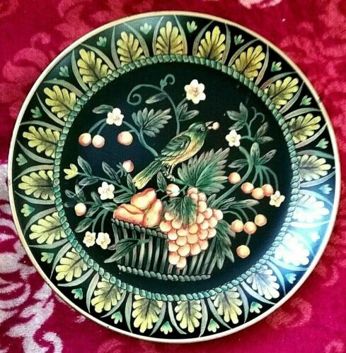 "VINTAGE - ART DECO - DECORATIVE PLATE - 10"" in diameter"