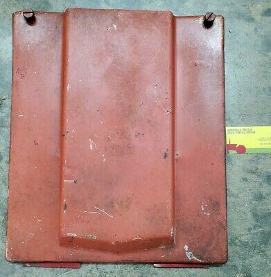3121393r91 Ih Case Ih Tractor 385 484 585 684784885 Battery Door 1536764c1