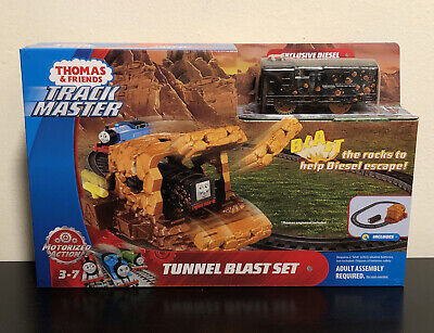 Fisher-Price Thomas & Friends TrackMaster Tunnel Blast Set New A002