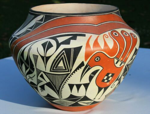 Native American Acoma Pueblo Large Polychrome Parrot Olla Signed