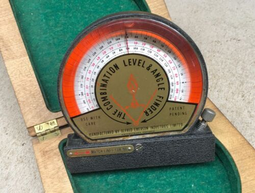 THE COMBINATION LEVEL & ANGLE FINDER WITH BOX