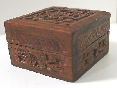 VINTAGE HAND CARVED WOODEN LIDDED BOX ANTIQUE TRINKET JEWELLERY CHEST 8